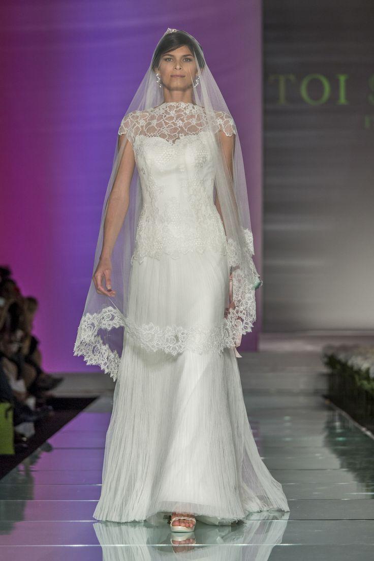 #milan #fashionshow #abitidasposa #toispose #lace #veil