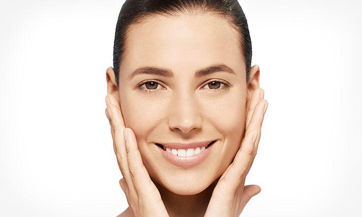 Dedikasikan waktu selama dua menit, dua kali sehari untuk perawatan kulit rutin demi menjaga kulit tetap sehat, serta tampak lebih muda. Langkah-langkah rutin ini juga membuat kulit bisa bernapas dan siap menyerap krim yang akan dipakai. Bacalah dan perhatikan empat langkah perawatan rutin yang mudah dilakukan, yang dirancang untuk memaksimalkan efek dari perawatan kulit.