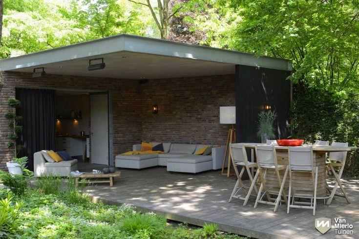 14 best sauna buiten images on pinterest arquitetura for Moderne tuin met overkapping