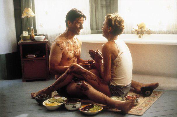 Sweet November es una película que no se queda en la cursilería del cine comercial, su trasfondo trágico guarda algo que no imaginamos.