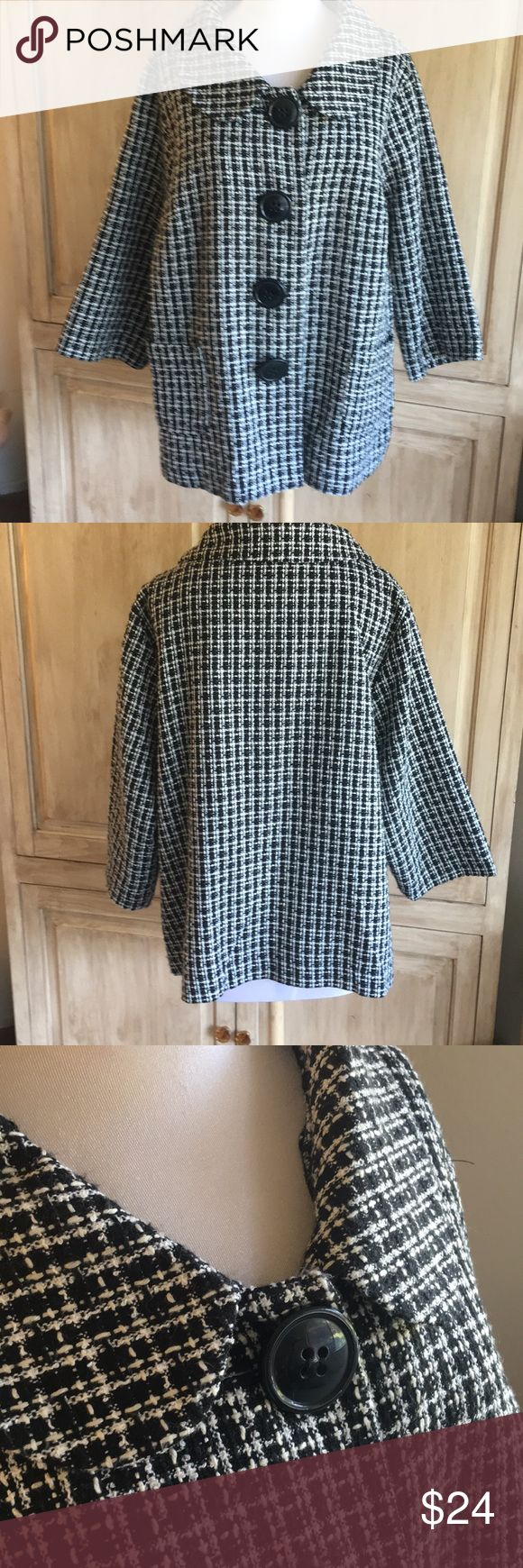 "Avenue Houndstooth like Ball/Wht Jacket Sz 18/20 Super cute light weight jacket with 3/4"" sleeves and great with jeans or over a skirt... measures 24.5"" pit to pit and 28"" in length. Avenue Jackets & Coats Blazers"