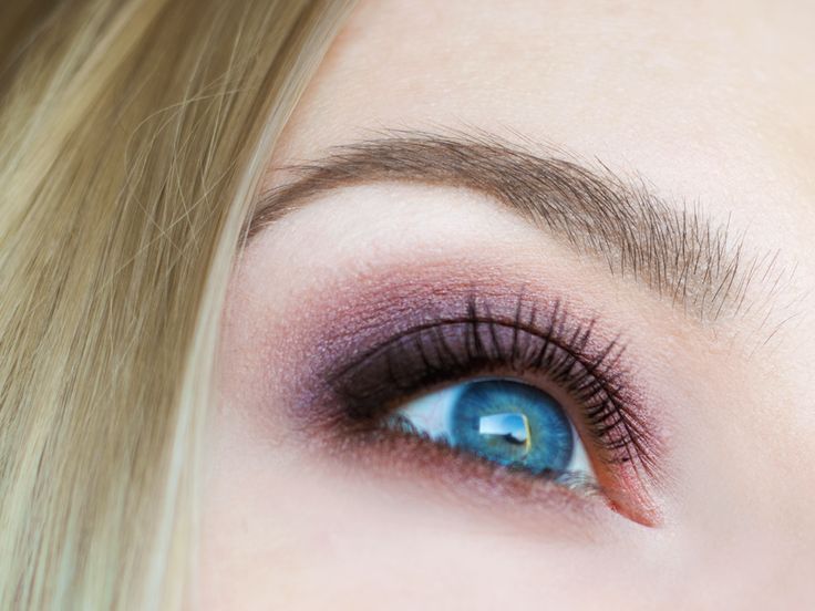 6 najciekawszych jesiennych trendów w makijażu: Mocne brwi