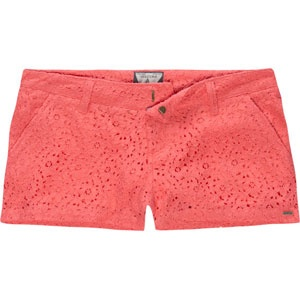 coral lace shorts. so cute!!