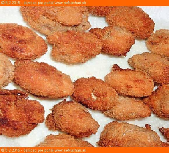Vyprážané šampiňóny - čím menšie, tým lepšie Tento recept Vám dáva do pozornosti: Šéfkuchári.sk