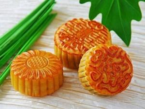 Moon Cakes for the Mid-Autumn Moon Festival