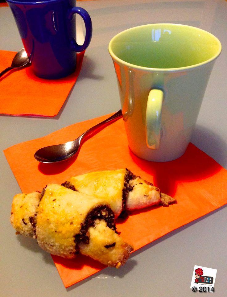 Rugelach on foodblog www.mycakeisluka.com when sweet things meet cross-culture.