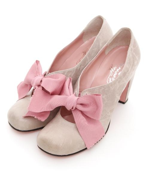 beautiful oatmeal suede shoes with pink grosgrain ribbons
