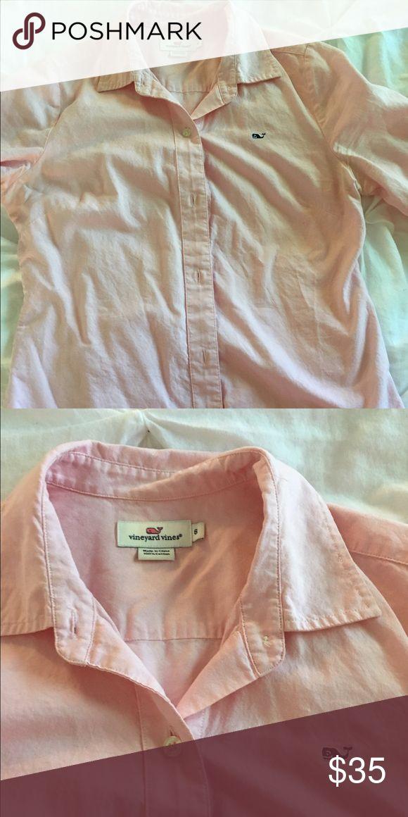 Vineyard Vines pink women's  Oxford Shirt size 6 Vineyard Vines pink women's  Oxford Shirt size 6 Vineyard Vines Tops Button Down Shirts