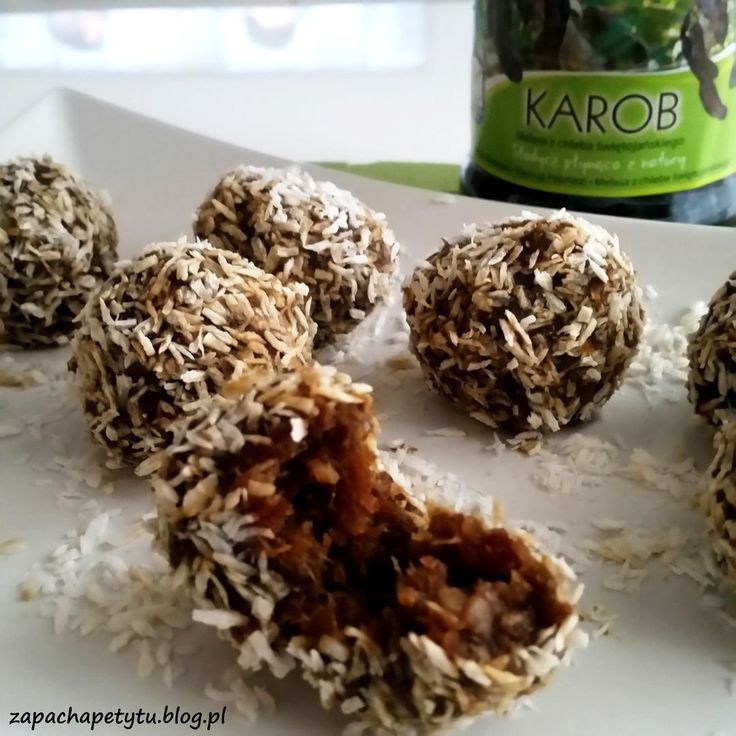 Energy balls with chestnuts, dates and carob molasses #zapachapetytu #energyballs #carob #molasses #dates