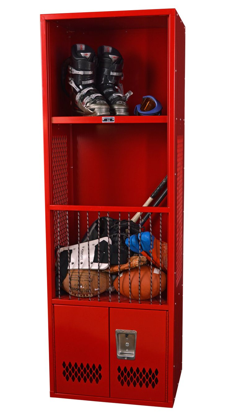 4 Ways to Use Lockers in the Summer #blogpost #lockers