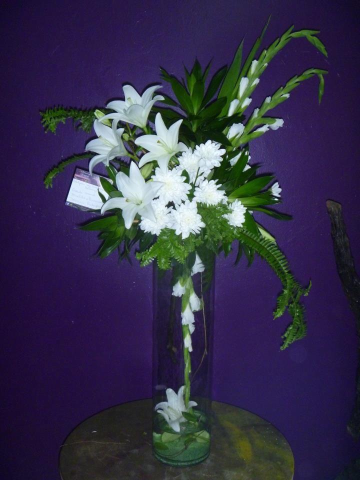 Vase Arrangement White Lelies, Gladiolus, Roses