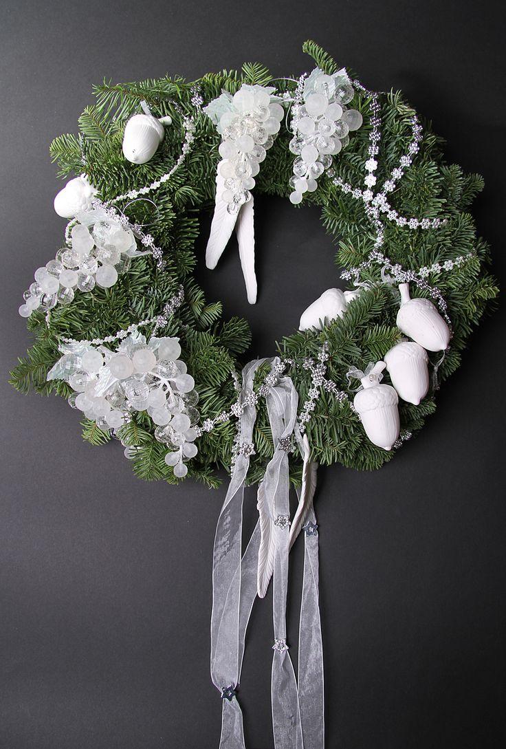 87 best burlap, wreaths images on Pinterest   Burlap wreaths ...