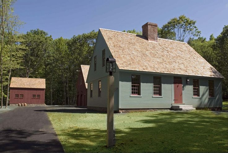 17 best images about center chimney capes on pinterest for Colonial cape
