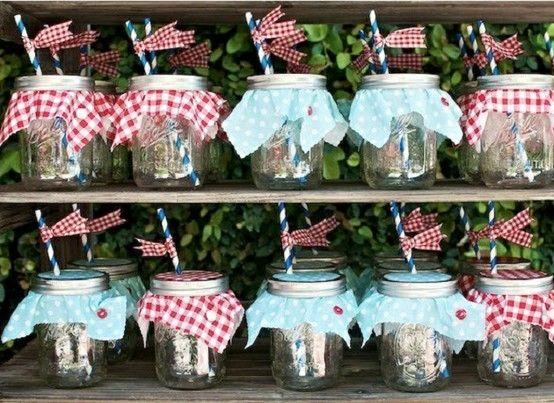 Mason jars decorados con popotes de papel