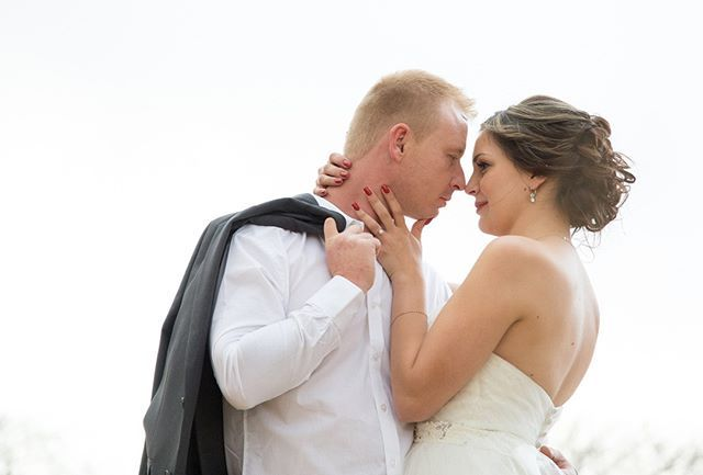 Classic Passionate Bride & Groom ♥ Follow us @stoker_studio  #passion #bride #groom #lovelycouple #lifegoals #happy #couple #marriage #rednails #redlips #classic #stokerstudio #photography #wedding #weddingphotography