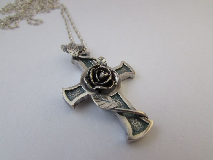 Rose-Cross Pendant Sterling Silver