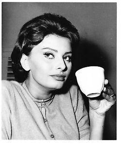 sophia loren drinking coffee - Google-søk
