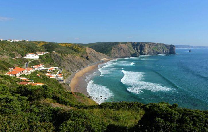 Praia da Arrifana - Aljezur | Travel in Portugal Beaches