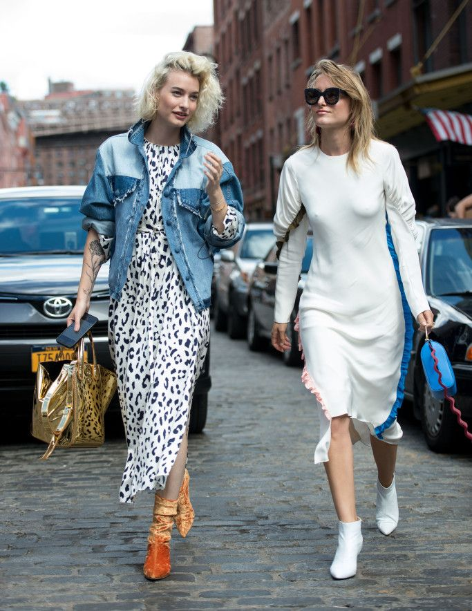Street style at New York Fashion Week spring 2018.