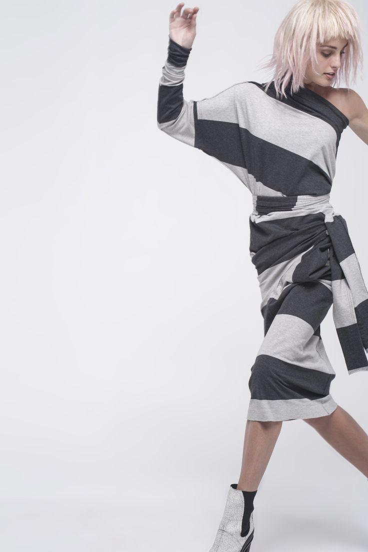 Norma Kamali Fall 2016 Ready-to-Wear Fashion Show
