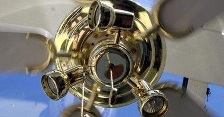 Cómo calcular la velocidad de la punta del aspa de un ventilador. Para determinar la cantidad de trabajo que un ventilador puede realizar sobre el aire circundante, los ingenieros primero debe conocer el valor, las dimensiones y la velocidad tangencial (velocidad direccional aka) de las aspas. Afortunadamente, el cálculo de esta velocidad sólo requiere dos datos: 1) la distancia desde el centro del rotor a la ...