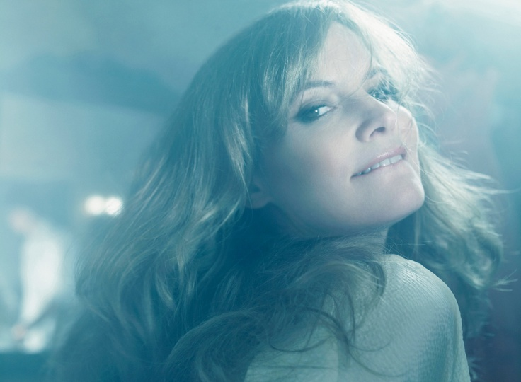 119 Best Images About Jennifer Jason Leigh Phoebe Cates On Pinterest Posts Celebrity