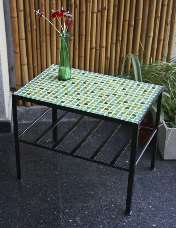 Mesa de hierro rectangular con venecitas Totalmente artesanal  60 cm de largo, 40 cm de ancho y 50 cm de alto