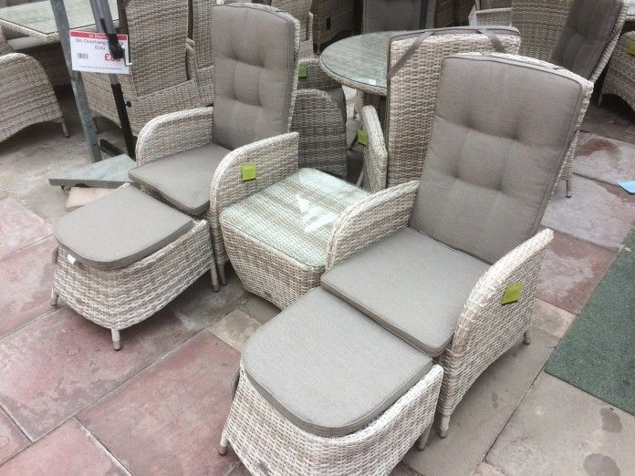 UV stabilised rattan – won't fade, rot or go brittle Complete bistro set, 2 reclining chairs, 2 stools and 1 table. Strong aluminium frame – will not rust, easy to move Cushions included Majestique – quality rattan furniture Buy online today   https://www.gardenfurnitureuk.co.uk/all-weather-garden-furniture/reclining-rattan-duo-bistro-set-latte/