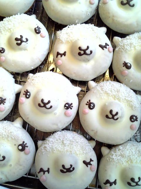 日本人のおやつ♫(^ω^) Japanese Sweetsフロレスタ川崎元住吉店のアルパカドーナツ alpaca doughnut, イクミママのどうぶつドーナツ animal doughnut