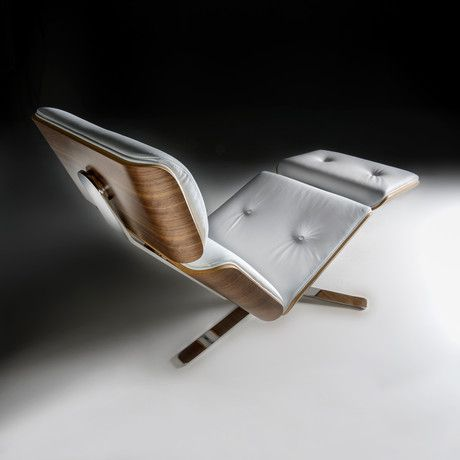 Altek Italia Design is continuing a long tradition of the 100-year-old chairs from I.S.E.A Baggio. The fourth generation of this historical company, represented by Franco and Silvia Baggio, in collaboration with art director Paolo Ceola and product manager Daniele Grandesso, have conceived this new project which is a radical way of considering modern furniture design