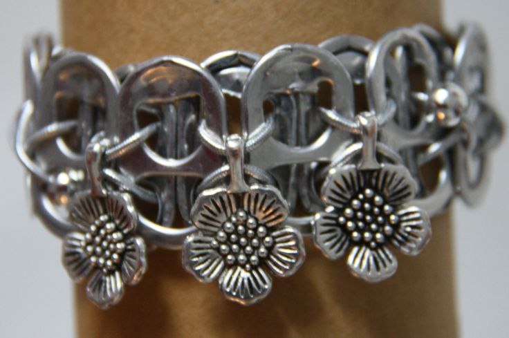 pop tab bracelet with flowers