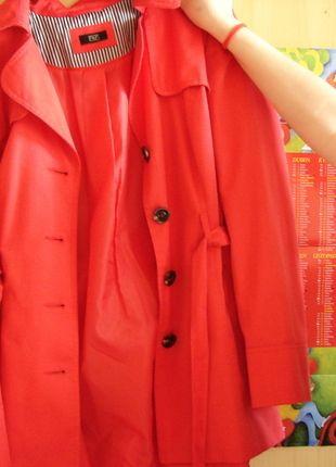 Kupuj mé předměty na #vinted http://www.vinted.cz/zeny/dlouhe-kabaty/8518036-cerveny-kabat-pekny