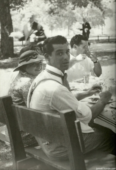 Cary Grant: very old pic of a very young Cary