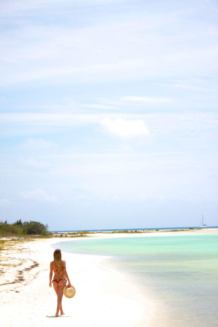 Playa Paraiso, Cayo Largo island