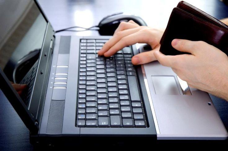 Informationen über Bewegungen auf den Bankkonten sind die Grundlage für das Funktionieren der Finanzbuchhaltung, OnlineBanking ist dabei ein unentbehrlicher Helfer.Zeitgemäßes und sicheres Cash-Management. Ein Blick auf die täglichen Kontoauszüge macht schlagartig klar, welche Menge an Gutschriften, Belastungen, Scheck- und anderen Bankvorgängen sich innerhalb kürzester Zeit dort ansammeln und von der Buchhaltung aufbereitet werden müssen. Informationen...
