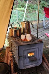 薪ストーブ料理 焼きおにぎり