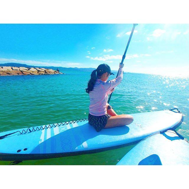 【01mihoko23】さんのInstagramをピンしています。 《SUP GIRL𓇼𓇼𓇼 ・ ・ ・ #海 #カメラ #カメラ女子 #アクティブ #ピーカン #active #girls #summer #photo #bikini #swimwear #cap #sea #beach #ocean #blue #camera #genic_mag #genic_beach #olympus #tough #tg870 #sup #sunny #day #happy》