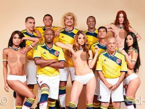 Fotos: Carlos Valderrama y siete ex mundialistas posaron con modelos desnudas [FOTOS] | El Bocón