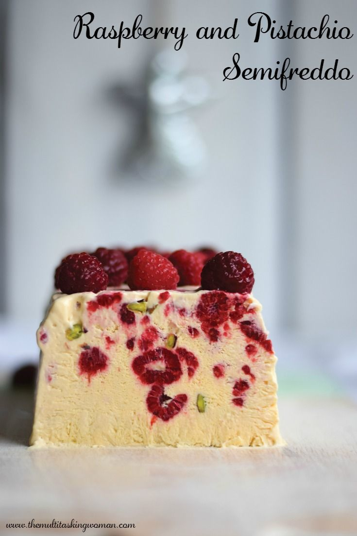 Raspberry and Pistachio Semifreddo | http://themultitaskingwoman.com/raspberry-and-pistachio-semifreddo/