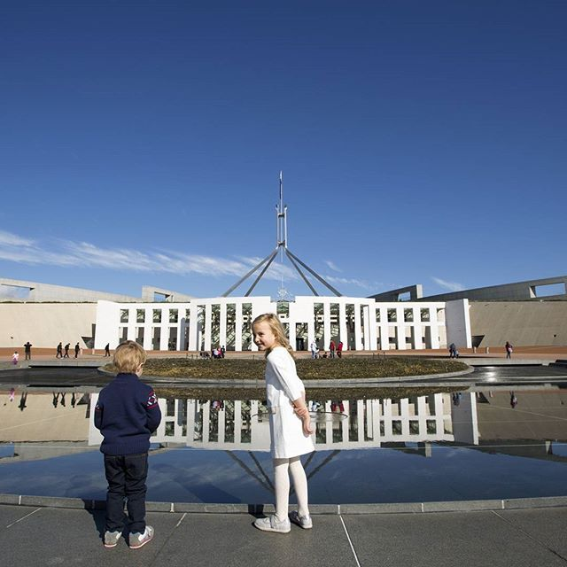 MUST DO EXPERIENCE 3: See democracy in action at Australia's iconic @visit_australian_parliament high on Capital Hill. During Question Time see the country's elected politicians make the big decisions on behalf of the nation. Take a guided tour, view historic documents and see an impressive collection of Australian art including one of the world's largest tapestries based on an Arthur Boyd design. A visit to the building's roof provides one of the best views of Canberra and the opportunity…