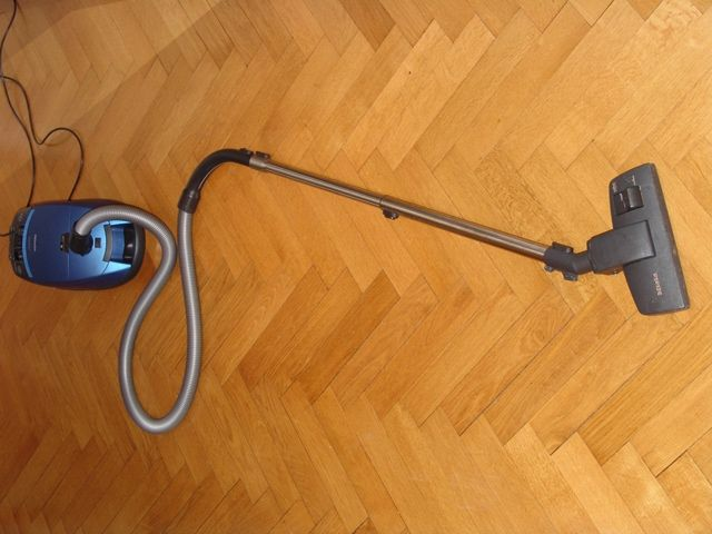 Can You Vacuum Hardwood Floors Part - 34: Cool Vacuum For Hardwood Floor, Hardwood Flooring Installation, Hardwood  Floor Refinishing ~ Home Design
