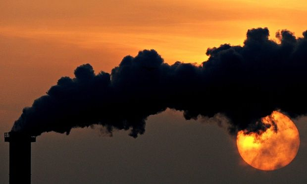 Investments in fossil fuel companies face serious risk from global warming, research by the Economist Intelligence Unit shows. Investors could lose $4.2tn due to the impact of climate change.