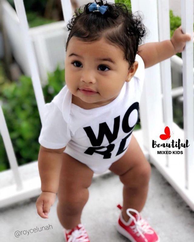 Magnifique bébé fille   – Babies