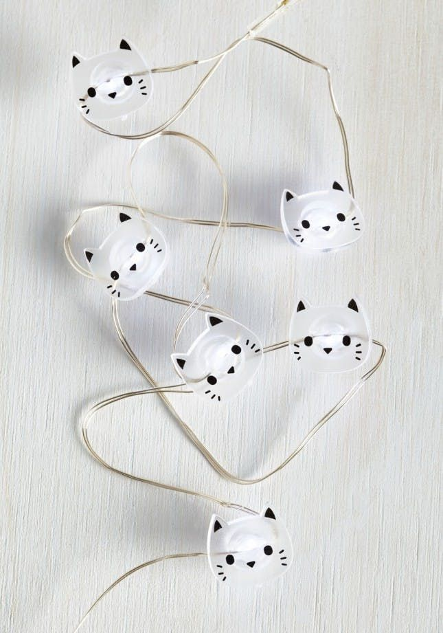 17 Ideas for Throwing the Purr-fect Cat-Themed Party via Brit + Co