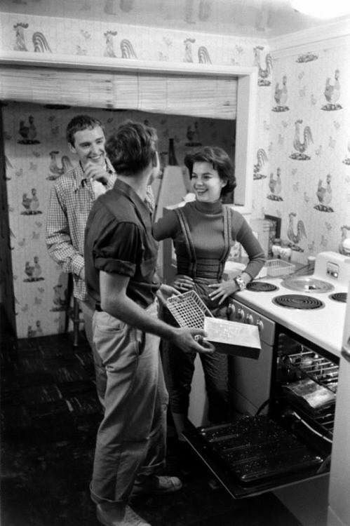 Natalie with actors Nick Adams and Dennis Hopper #blackandwhite