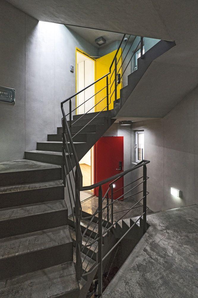 Gallery of Corner House / Boundaries architects - 7