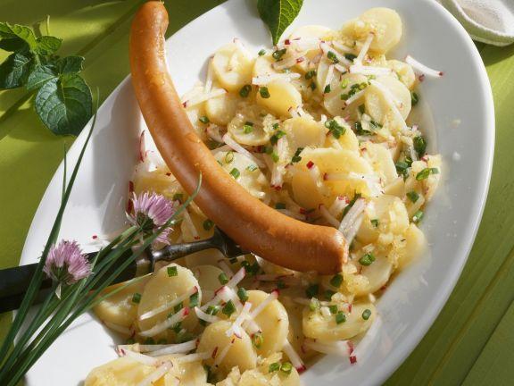 Frankfurter Würstchen auf Kartoffelsalat ist ein Rezept mit frischen Zutaten aus der Kategorie Kartoffelsalat. Probieren Sie dieses und weitere Rezepte von EAT SMARTER!