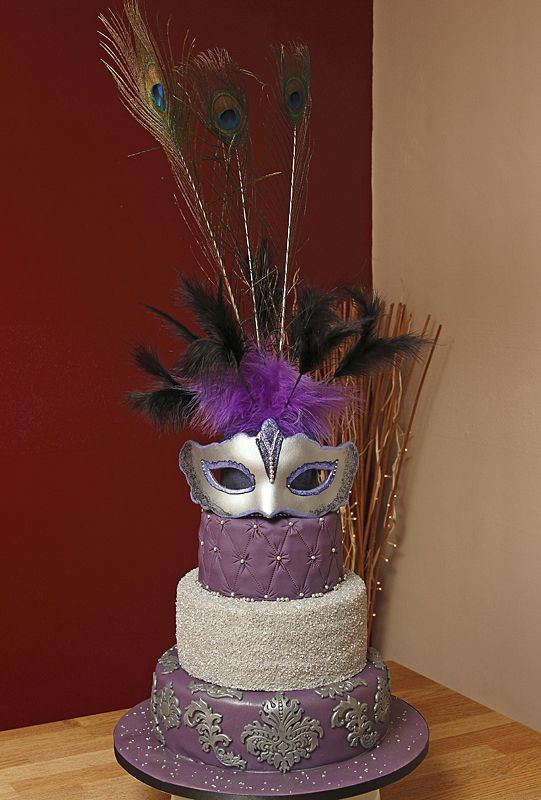 Masquerade Cakes | Wonky (Topsy Turvy), Masquerade & Carnival Cakes & Cupcakes Galleries