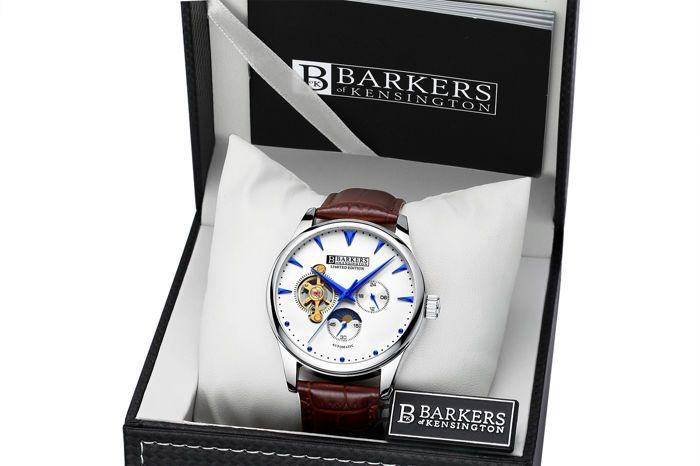 Barkers van Kensington - automatische staal - Men's Watch - 2017  Barkers van Kensington tijd stukken kunnen alle horloge-liefhebbers en verzamelaars tot de eigenaren van een stuk van de beroemde geschiedenis van Londen.Sinds de 18e eeuw is de automatische verplaatsing door horloge makers gebruikt voor de productie van sommige van de duurste en mooiste uurwerken in de wereld. In feite is deze beweging de voorkeur van meester horloge makers sinds 1770 het jaar dat het automatische uurwerk…
