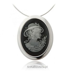 wisiorek Kamea dla kobiet, zobacz biżuterię srebrną!